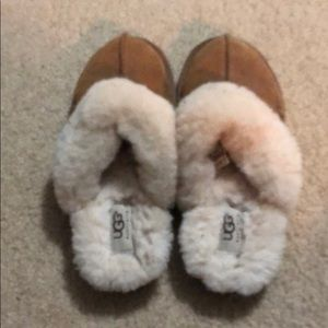 Ugg Youth Size 3 slip on Sherpa shoes